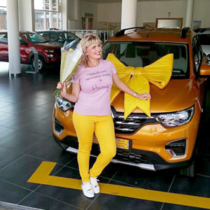 Thea Trollip taking delivery of Renault Triber at Seamans Renault